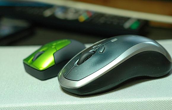 普通のマウスとの比較