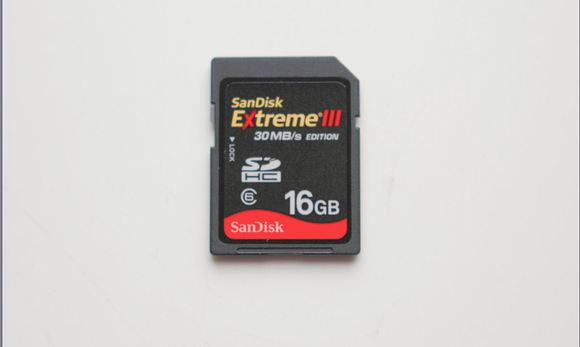 SanDisk EXtremeIII 16GB